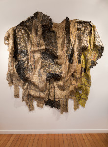 El Anatsui, Heart of the Matter 2013 Aluminium and copper wire 315 x 320cm photo Jonathan Greet Image Courtesy October Gallery
