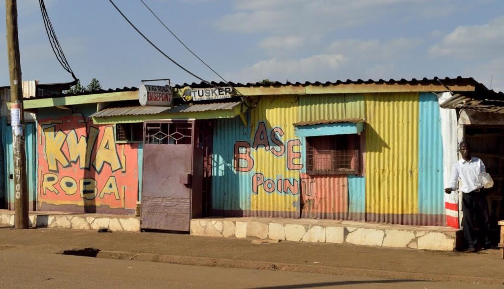 Craig3Signpainting in Kibera