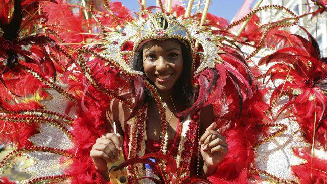 nottinghillHomePage-carnival_notting-hill-carnival-jon-spaullbritain-on-view_6cea39367bf61d5e07c34e54098caab3