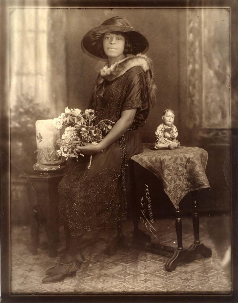 VDZEveningAttire1922