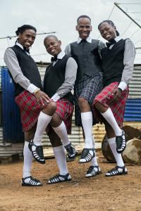AfricanahSashaartikelopeningpicture-muholi-abakhaphi